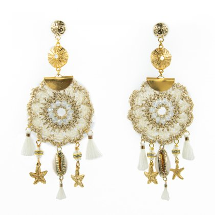 Beige knitted  and trasparent glass crystal  earrings.