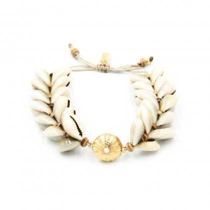 Boho natural double shell and gold plated metal parts bracelet.